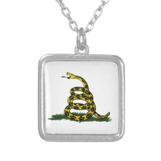Serpiente en espiral de la bandera de Gadsden Grimpolas