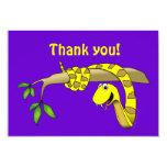 Serpiente linda del amarillo del dibujo animado en invitación 8,9 x 12,7 cm