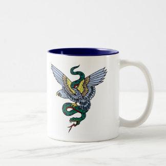 Serpiente y Eagle Tazas De Café