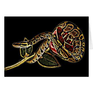 Serpiente y tarjeta de felicitación color de rosa