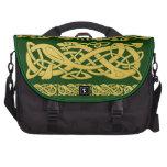 Serpientes célticas del oro en bolso verde oscuro  bolsas para ordenador