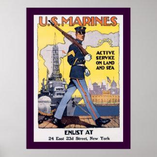 Servicio activo en tierra y el mar póster