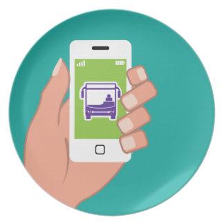 Servicio de autobuses del uso de Smartphone en Plato De Comida