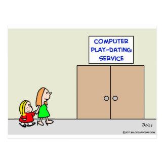 servicio de la datación del juego del ordenador postales