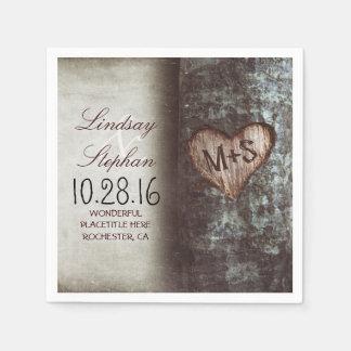 Servilletas rústicas del boda del país con el servilleta de papel
