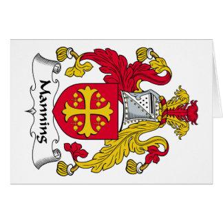 Servir el escudo de la familia tarjeta de felicitación
