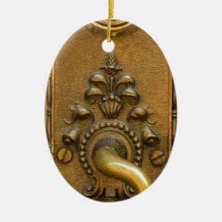 Sésamo abierto adorno navideño ovalado de cerámica