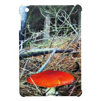 Seta anaranjada en el pino Forrest. iPad Mini Funda