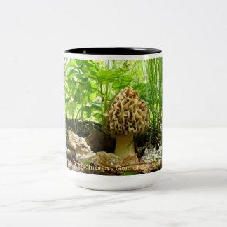 Seta de la morilla - gema del bosque taza de café