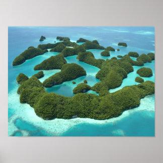Setenta islas, Palau Póster