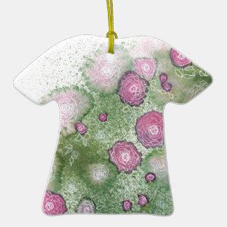 Seto pintado a mano del antigüedad-rosa adorno de cerámica en forma de camiseta