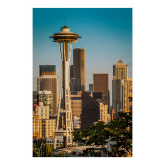 Setting Sunlight On The Space Needle And Seattle Posters