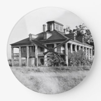Seven Oaks Plantation, Westwego LA Clock