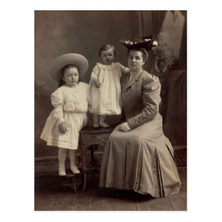 Severa, Catherine & Lena LAHR, circa 1900 Postcard
