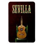 SEVILLA. Guitarra flamenca con Giralda de Sevilla. Imán De Vinilo