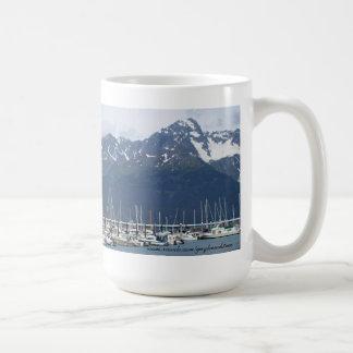 Seward taza del velero del puerto de Alaska