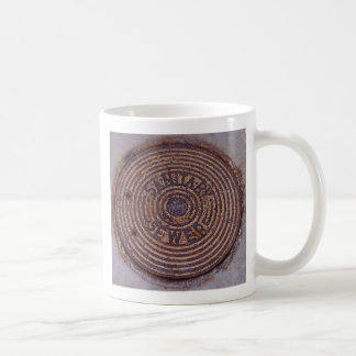 Sewer coffee mug (right-handed)