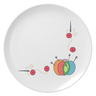 SEWING BORDER DINNER PLATE