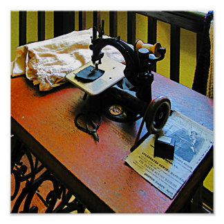 Sewing Machine with Cloth Print