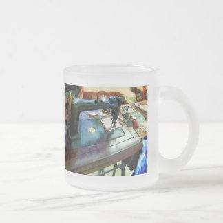Sewing Machine With Sissors 10 Oz Frosted Glass Coffee Mug