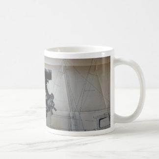 Sextante para la navegación celestial taza de café