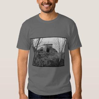 Sexton Burrow Lookout Tower. England Tshirt