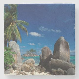 Seychelles, isla de Mahe, playa de Anse Royale Posavasos De Piedra