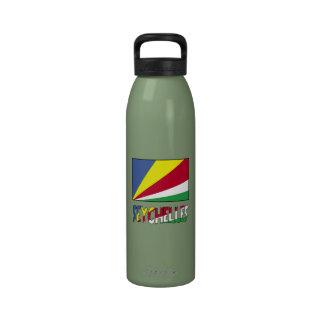 Seychelles señalan por medio de una bandera y nomb botella de beber
