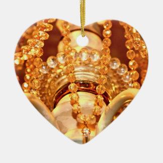Shabby-Chandelier-Bling-4-Gold-HEART ORNAMENT