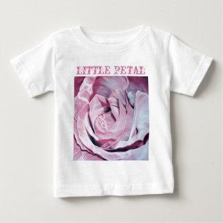 Shabby chic vintage romantic elegant pink roses baby T-Shirt