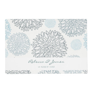 SHADES OF BLUE DAHLIA FLORAL PATTERN MONOGRAM PLACEMAT