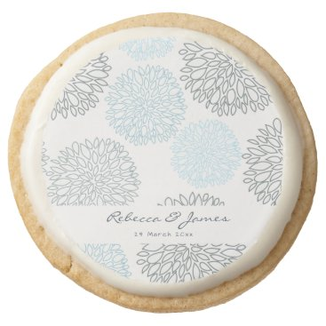 Beach Themed SHADES OF BLUE DAHLIA FLORAL PATTERN MONOGRAM ROUND SHORTBREAD COOKIE