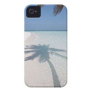 Shadow of a palm tree on a deserted island beach iPhone 4 Case-Mate case