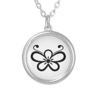 Shadowed mariposa-formó el flor 1 del ciruelo colgante redondo