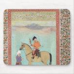 Shah Abbas en un caballo que sostiene un halcón Tapetes De Raton