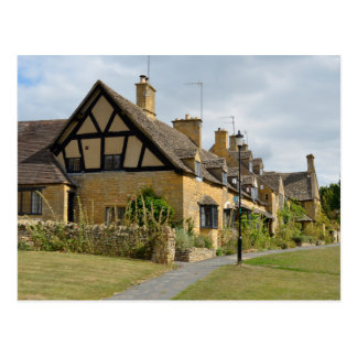Shakespeare's cottages in Broadway, Cotswolds Postcard