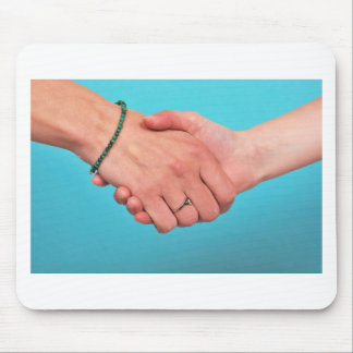 Shaking hands 1 mouse pad
