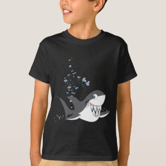 SHAKY THE SHARK. T-Shirt