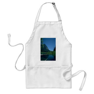 Shallow Waters Apron