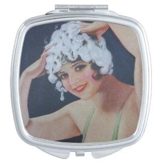 Shampoo Girl Makeup Mirror