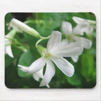 Shamrock Flower Mousepad