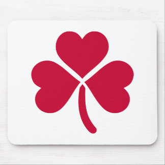 Shamrock red hearts mouse pad
