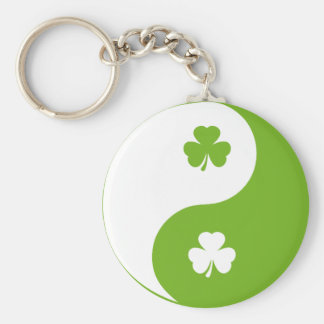 shamrock ying yang basic round button keychain