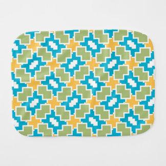 Shapes pattern burp cloths