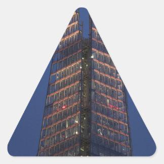 Shard 5083_flickr-as098_uk-12329715753 140205.jp triangle sticker