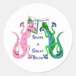 Share a Good Book Round Sticker