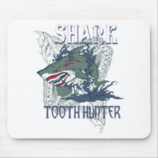 SHARK TOOH HUNTER MOUSE PAD