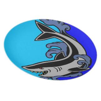 Shark Waves Plates