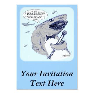 "Sharkey Finatra Swimmin Invitación 5"" X 7"""
