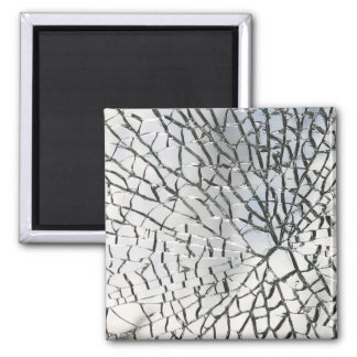 Shattered glass texture magnet